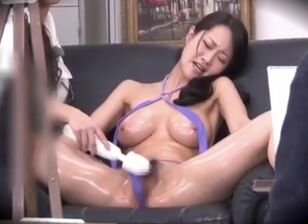 Sexy nude asians